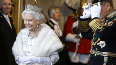 Photo of The Queen Says Goodbye to Fur