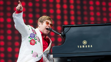 Photo of Elton John Continues Fight Against AIDS with 25 Million-Dollars