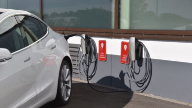 Photo of As Batteries Drop in Price, Electric Cars Get Cheaper Too