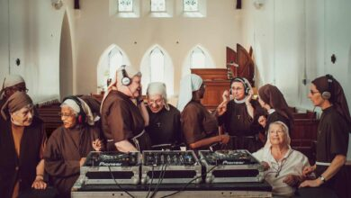 Photo of Poor nuns produce a beautiful record – and it's a big hit