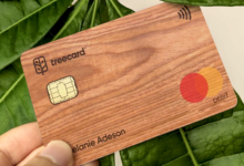 Photo of This Wooden Card Could Cut Plastic Waste in Landfills